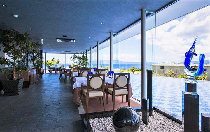 オリエンタルヒルズ沖縄 レストラン