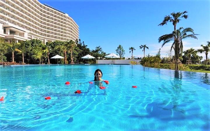 ホテルオリオンモトブ リゾート&スパ プール