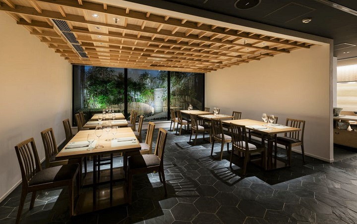 ホテル カンラ 京都 レストラン