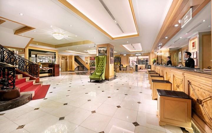 コスモスホテル台北 フロント