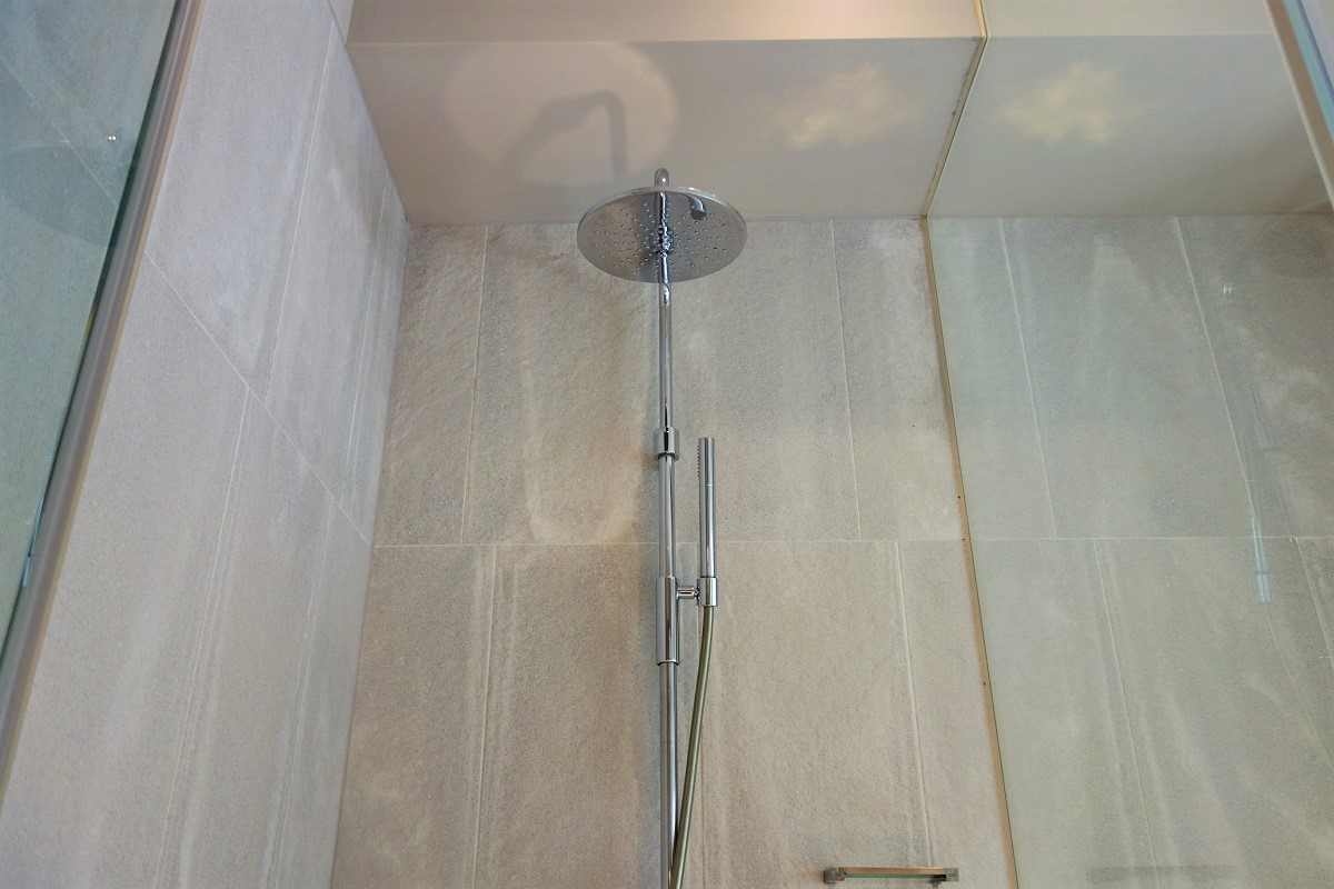 グロリア レジデンス シャワー