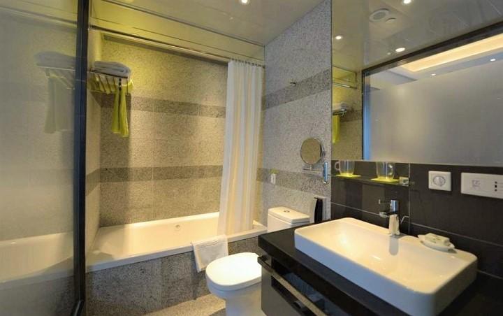 マデラ 香港 部屋 バスルーム